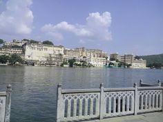 amrai ghat udaipur.view of pichola.
