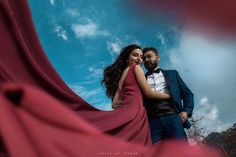 Breathtaking Christian Pre-Wedding Shoot in the Hills Photo Poses For Couples, Couple Photoshoot Poses, Couple Shoot, Pre Wedding Poses, Pre Wedding Photoshoot, Pre Wedding Shoot Ideas, Indian Wedding Couple Photography, Christian, Unique