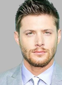 Jensen Ackles.......OMG, he's so good looking.