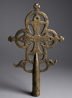 'Lalibela' processional cross  Ethiopia, Zagwe Dynasty  12th century    26.5 x 16 x 5 cm; bronze cast and engraved