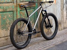 jeronimo-cycles_ti-mtb-pinion_275titanium-off-road-adventure-hardtail-mountain-bike_3-4-rear