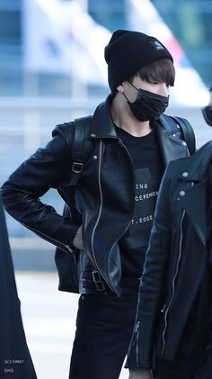Ugh I love all black outfits,especially on bts