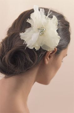 http://click.linksynergy.com/fs-bin/click?id=sAXfX2FlG*Q&offerid=276224.10039143&type=3&subid=0 Tasha Feather Flower Clip | #Nordstrom #wedding