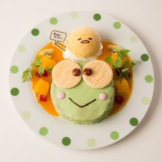 The Gudetama Café is a character café themed on the hugely popular Sanrio character Gudetama. Cute Desserts, Delicious Desserts, Yummy Food, Food Gallery, Hello Kitty, Japanese Snacks, Time To Eat, Food Goals, Cafe Food