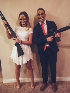 25 Matching Couple Costumes for Halloween with Your Couple - Adzkiya Website Unique Couples Costumes, Scary Couples Halloween Costumes, Unique Couple Halloween Costumes, Halloween Outfits, Couple Costumes, Bonnie And Clyde Halloween Costume, Woman Costumes, Pirate Costumes, Princess Costumes