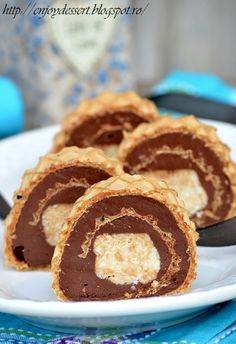 Search Results rulada napolitana Romanian Desserts, Romanian Food, Desserts To Make, Delicious Desserts, Yummy Food, Cake Recipes, Dessert Recipes, Big Cakes, Bread Cake