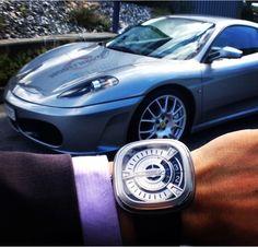 SevenFriday M1 dạo bước cùng siêu xe Ferrari