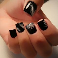 Black feathers nails