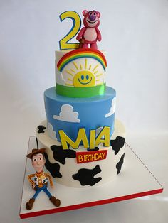 Loving the Toy Story birthday ideas! Cumple Toy Story, Festa Toy Story, Toy Story Party, Bolo Toy Story, Toy Story Cakes, Toy Story Birthday Cake, Birthday Cake Girls, Luau Birthday, Birthday Cakes