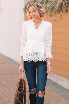 I love this gorgeous white eyelet top! It is super versatile and easy to wear. The perfect casual look for spring or dress it up for work. Lace Top Outfits, Dressy Outfits, Fashion Outfits, White Eyelet Dress, Eyelet Top, White Lace Blouse, Elegant Outfit, Lace Tops, Blouses For Women