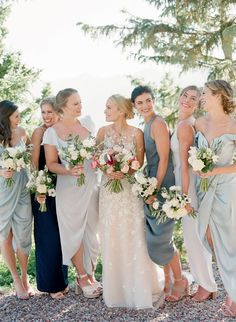 """""""I Dos"""" on Top of a Mountain - and Much More From This Aspen Wedding! Bridesmaid Duties, Bridesmaid Dress Styles, Wedding Dresses, Bridesmaids, Bridesmaid Ideas, Urban Outfitters, Celebrity Weddings, Aspen, Bride Groom"""