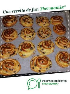 chocolate snail by karinejordan. A fan recipe to find in the Breads & Viennoiseries category on www.espace-recett …, from Thermomix®. Thermomix Bread, Thermomix Desserts, Health Breakfast, Breakfast Recipes, Croissants, Snails Recipe, Cake Recipes, Dessert Recipes, Gourmet