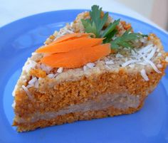 Raw Vegan Carrot Cake - Liver Cleansing Diet Recipes for a Happy Healthy Liver… Vegan Carrot Cakes, Vegan Cake, Raw Vegan Recipes, Vegan Foods, Cake Recipes, Dessert Recipes, Liver Recipes, Raw Food Diet, Raw Desserts