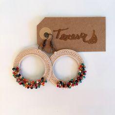 Fabric Earrings, Beaded Earrings, Crochet Earrings, Jewelry Store Design, Jewelry Stores, Beaded Crafts, Jewelry Crafts, Diy Crafts For Gifts, Crochet Accessories
