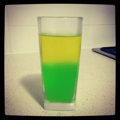 Australia Day Jelly ~ will say they're jelly vodka shots just to see who acts wasted :p ~ Australia Day Aboriginal, Live Below The Line, Australia Day Celebrations, Party Time, Party Party, Party Ideas, Aus Day, Aussie Food, Vodka Shots
