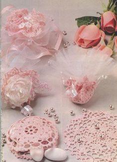 Modèles de napperons -bonbonnières  crochet                                                                                                                                                     Plus