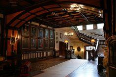 Manor house of betliar English Manor Houses, Beautiful Interiors, Room Interior, Pergola, Outdoor Structures, Outdoor Decor, Castles, Home Decor, Rooms