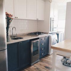 64 super ideas for kitchen scandinavian corner Painting Kitchen Cabinets, Kitchen Paint, Kitchen Design, Rustic Kitchen, Country Kitchen, Kitchen Decor, Kitchen Ideas, Kitchen Island With Seating, Ideas Hogar