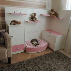 16 Diy Pet Bed Ideas, make the most comfy arrangements for your pets - Home Decor & DIY Ideas Animal Room, Diy Dog Bed, Diy Bed, Personalized Dog Beds, Animal Magazines, Dog Bedroom, Puppy Room, Crate Cover, Dog Rooms