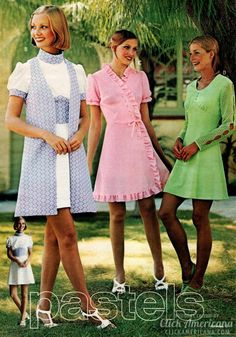 Hip vintage dresses & skirts women wore in the spring & summer of 1973 - Click Americana Great Gatsby Fashion, 70s Fashion, Vintage Fashion, Vintage Tops, Vintage Outfits, Vintage Clothing, 70s Mode, Short Sleeve Dresses, Dresses With Sleeves