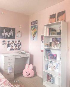 Army Room Decor, Cute Room Decor, Study Room Design, Home Room Design, Room Ideas Bedroom, Bedroom Decor, Teen Bedroom Organization, Teenage Room, Aesthetic Room Decor