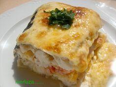 merluza rellena al horno | desucreisa//lcon receta. Kitchen Recipes, Cooking Recipes, Healthy Recipes, Seafood Dishes, Fish And Seafood, Fish Recipes, Seafood Recipes, Spanish Dishes, Good Food
