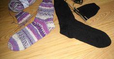 Er worden me regelmatig vragen gesteld over het breien van sokken en daarom vandaag een makkelijk te breien basispatroon voor sokken.... Crochet Baby, Annie, Socks, Tutorials, Stitch, Knitting, Fashion, Moda, Full Stop
