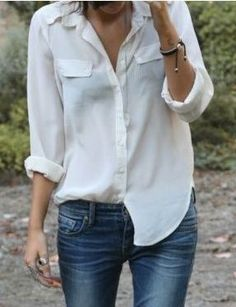 How to wear white shirt? Spring outfits with white shirt. Looks Chic, Looks Style, Style Me, Basic Style, White Shirt And Jeans, White Shirts, White Blouses, White Button Shirt, White Blazers