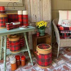 Favorite time of the year.best time of year to go 🍁🍂🍁We are scheduled to hit the road in about a week and so excited! Vintage Picnic, Vintage Cabin, Vintage Tins, Vintage Stuff, Simple Christmas, Vintage Christmas, Cabin Christmas, Plaid Christmas, Christmas Decor