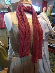Ravelry: Silk Scarf pattern by Leah Bandstra Cowl Scarf, Knit Cowl, Easy Knitting, Knitting Patterns, Knitting Projects, Knitting Ideas, Knitting Accessories, Knitted Hats, Knitted Scarves