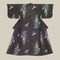 Rayon Hitoe Kimono, featuring swallows and wisteria.Early Showa (1927-1939). The Kimono Gallery
