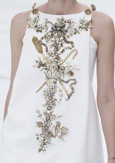 glitter-in-wonderland:  130186:  Chanel Haute Couture Fall 2014   xx