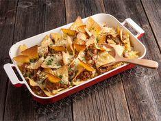 Jauheliha-nachos | Valio Nachos, My Cookbook, Tex Mex, Recipes From Heaven, Tapas, Potato Salad, Food And Drink, Healthy Recipes, Healthy Food