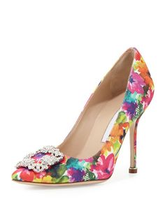Manolo Blahnik Hangisi Floral Print with a high high heel. Beauty knows no pain right Ladies?