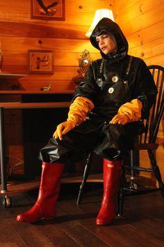 Black Raincoat, Vinyl Clothing, Rain Suit, Rain Coats, Rain Gear, Hunter Boots, Farmer, Latex, Overalls