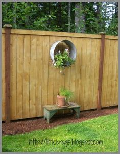 Backyard Fence Decorating Ideas home decorating trends homedit Love The Fence Decor And Bench By Little Brags