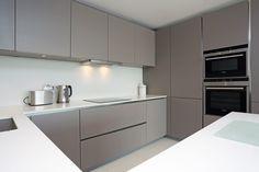 Handleless matt grey kitchen finish