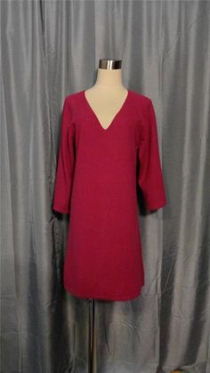NEIMAN MARCUS CASHMERE V-Neck Fuchsia Pink 100% Cashmere Sweater Dress Size M #NeimanMarcus #SweaterDress #Cashmere