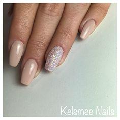 Nude & sugar nails