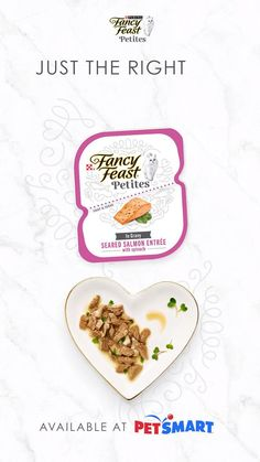 Serving up gourmet delight in a snap, Fancy Feast Petites wet cat food is full of the flavors your cat loves. And thanks to the detachable twin cups, every delectable single serve entrée can go from package to plate in seconds. Fancy Feast Cat Food, Beef Recipes, Cooking Recipes, Kitten Food, Baby Zebra, Fabric Bowls, Happy House, Entrees, Salmon