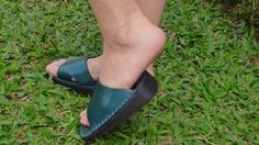 Handmade Leather Sandals Women and Men***Tip-Toes Leather Slippers*** by CLAMPCLAMP on Etsy https://www.etsy.com/listing/117438408/handmade-leather-sandals-women-and