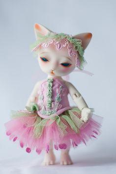 #BJD #doll #cat #Pipos #Ringo #corset #pink #craft #handmade #etsy #LenivkaShop #PblCb