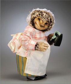 Beatrix Potter, Mrs Tiggy Winkle ~ R. John Wright Collectible Dolls