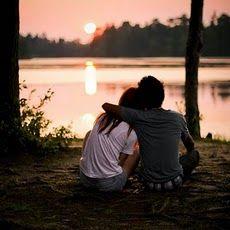 No ames a quien no admires. El amor sin admiración sólo es amistad. George Sand. www.twinshoes.es