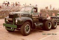 Mack Dump Truck, Old Mack Trucks, Dump Trucks, Cool Trucks, Big Trucks, Mack Attack, Heavy Truck, Vintage Trucks, Classic Trucks