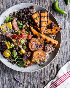 2. Brazilian Steak and Grilled Sweet Potato Quinoa Bowl  #glutenfree #lunch #recipes http://greatist.com/eat/gluten-free-recipes-to-make-for-lunch
