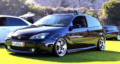 Black Ford Focus MK1 - RS Colection bumpers, ST170 headlamps, big amazing rims
