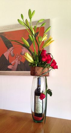 By Nora Moreno. Flowers for a man - arreglos florales - Blumen Flowers For Men, Fresh Flowers, Beautiful Flowers, Beautiful Pictures, Pinterest Gift Ideas, Valentines Flowers, Deco Table, Decoration Table, Flower Boxes