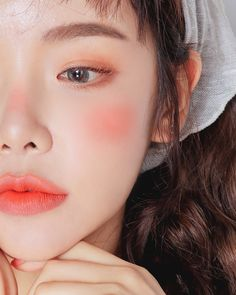 Kiss Makeup, Beauty Makeup, Hair Makeup, Korean Eye Makeup, Asian Makeup, Makeup Inspo, Makeup Inspiration, Skinny Face, Eyeliner Tape