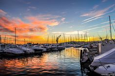 Los colores del Ocaso del Cambrils / The colors of the Sunset in Cambrils Bright Side Of Life, Non Stop, Stunning View, Spain, Traveling, Explore, Sunset, Color, Viajes